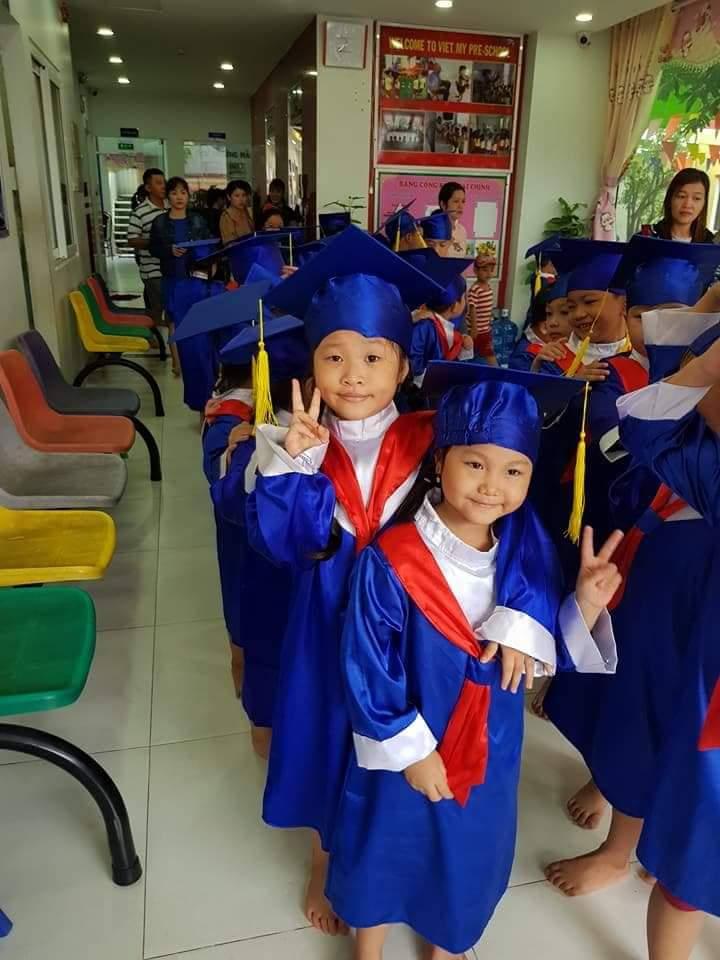 Lễ phục tốt nghiệp mầm non