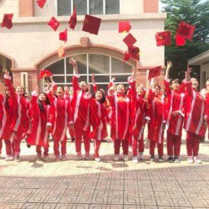 Xưởng may áo tốt nghiệp THCS và THPT
